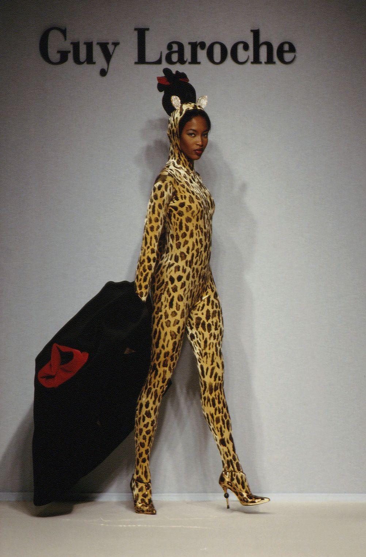 Naomi Campbell na pokazie Laroche AW 1994/1995