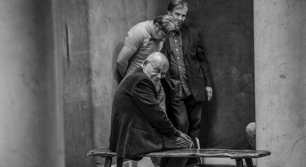 """Ferency: """"Za 25 lat teatr będzie taki, jaki będzie teraz świat - dla mnie on się robi gorszy. Ale to każdy staruch będzie tak ględził. Przywilejem młodości jest burzyć zastane struktury, a przywilejem starości mówić, że nasze struktury były lepsze"""""""