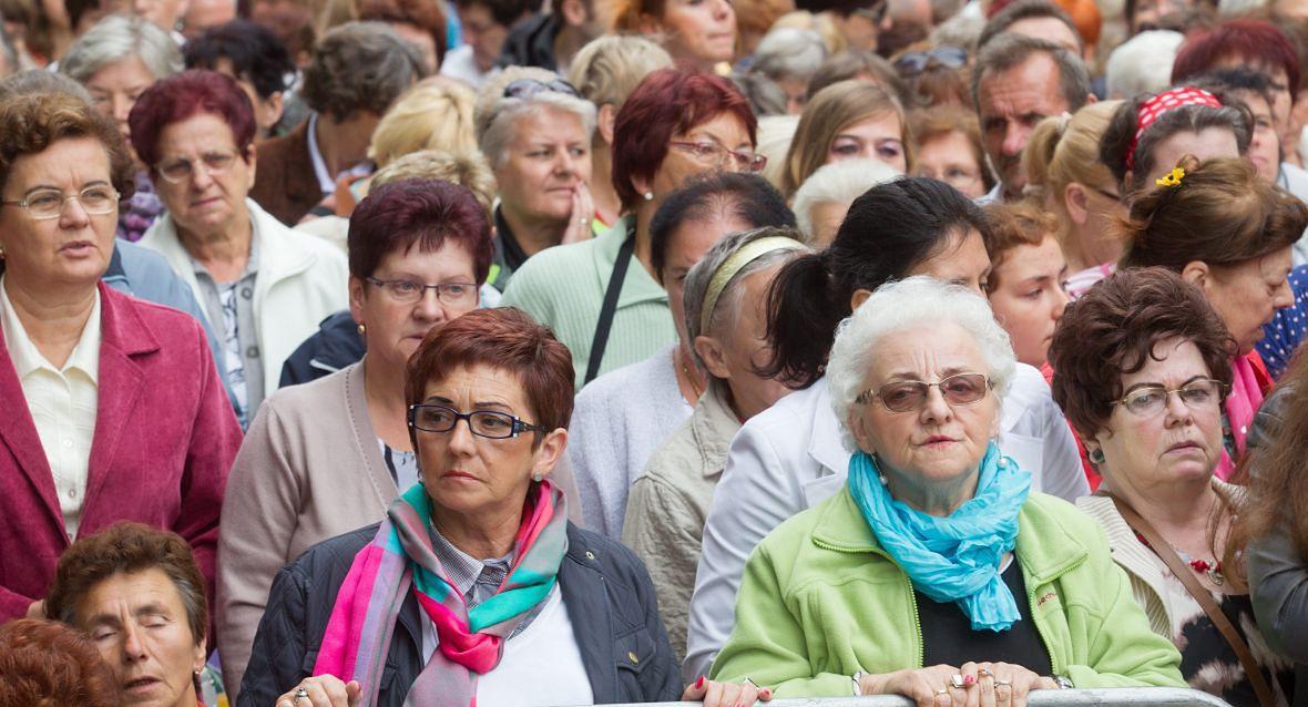 """""""Uważam, że rola kobiet w Kościele musi być większa, ale uczciwie trzeba powiedzieć, że ona już się zmienia, choć z Polski czasem tego nie widać"""""""