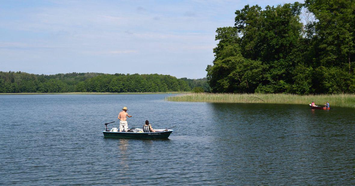 Woda, las i cisza - to przed laty przyciągało dygnitarzy, a dziś łaknących spokoju wczasowiczów
