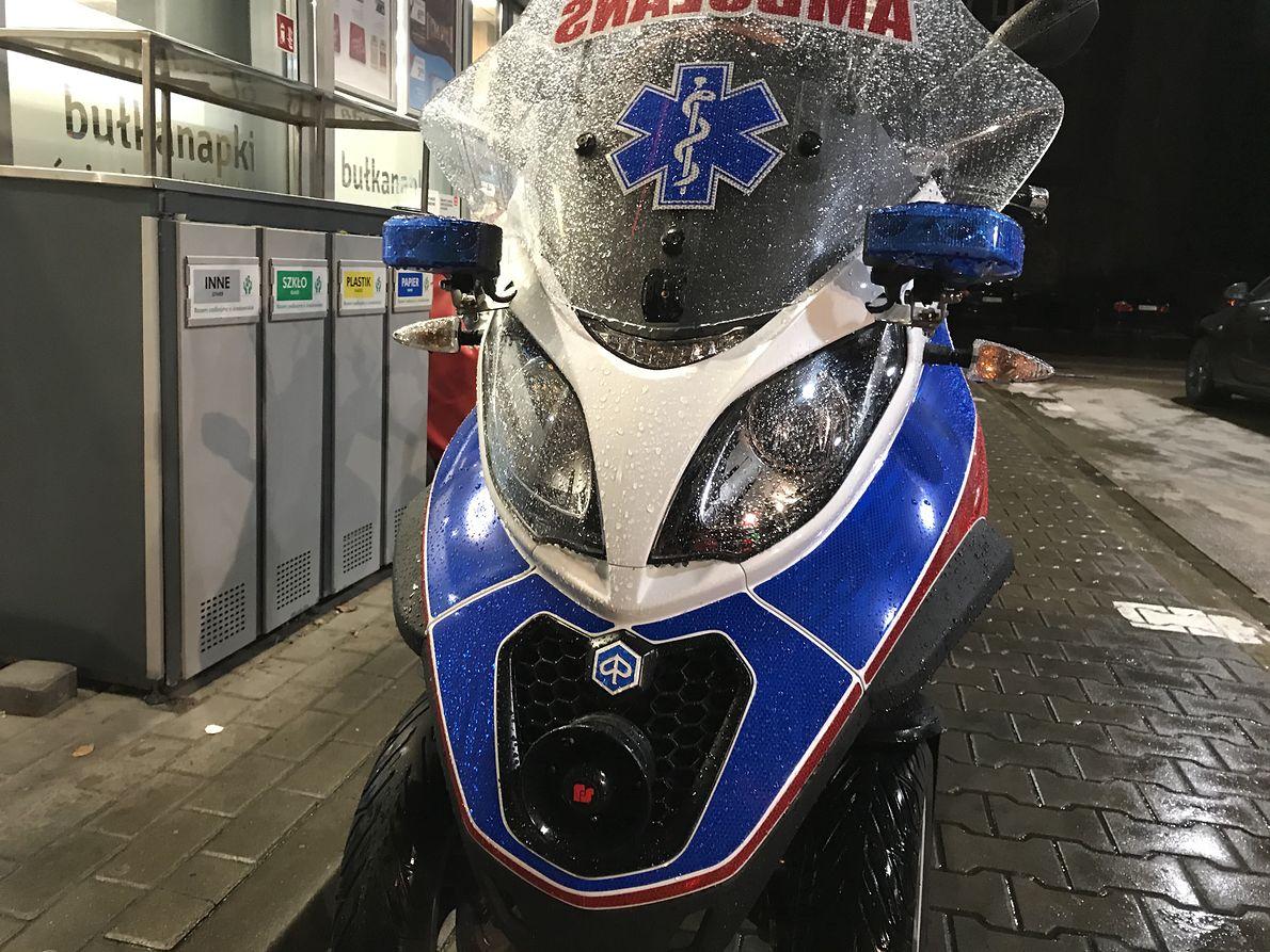 """Motoambulans """"Borkosia"""", czyli solidny, trzykołowy skuter Piaggio"""