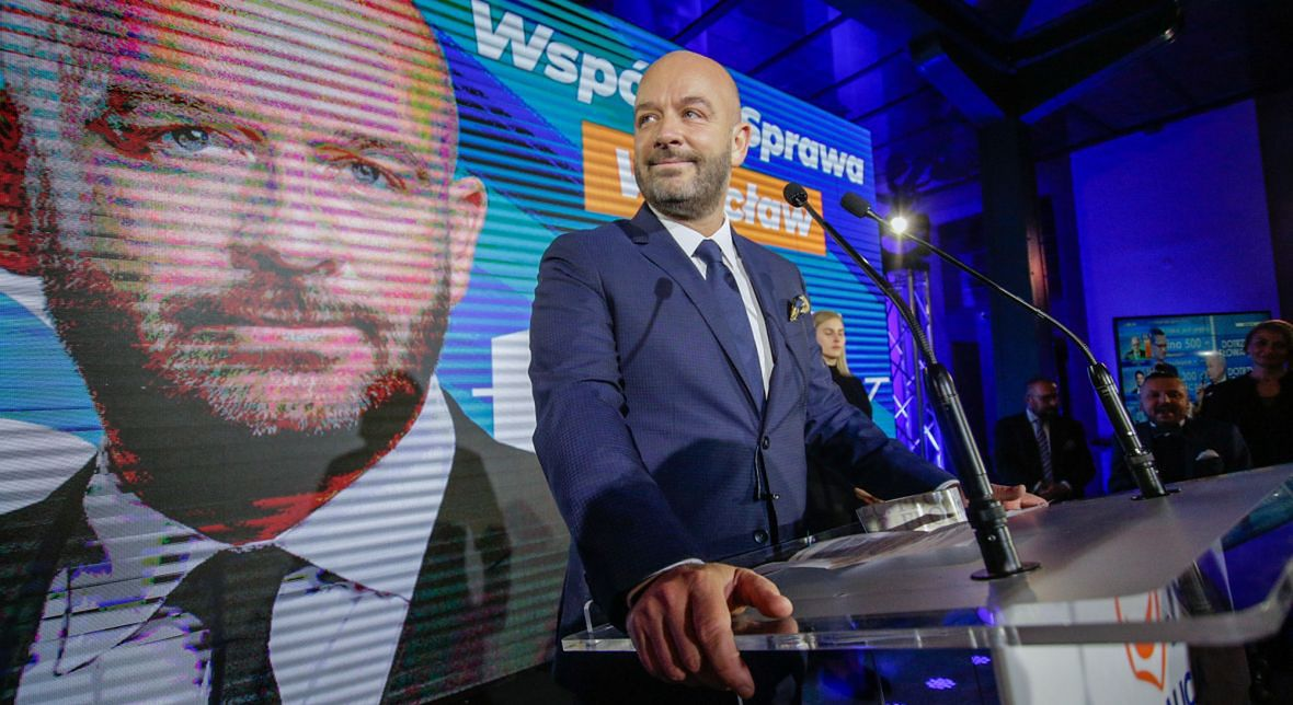 Wieczór wyborczy Jacka Sutryka. O jego zwycięstwie we Wrocławiu zdecydowało kilkaset głosów