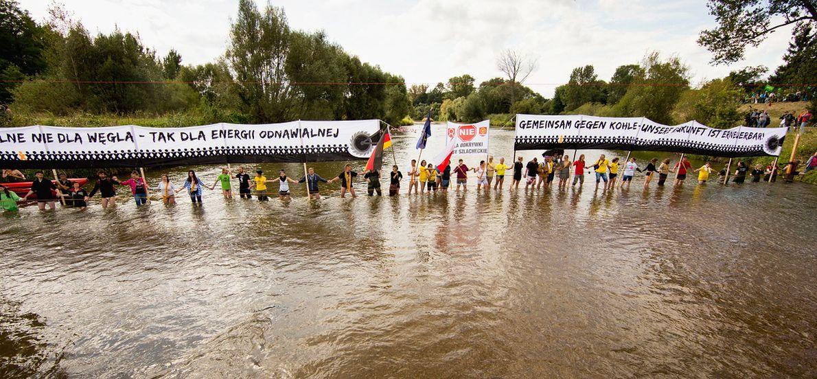 Polsko-niemiecki protest przeciwko rozbudowie kopalni odkrywkowych w okolicach Gubina, 2014 r.