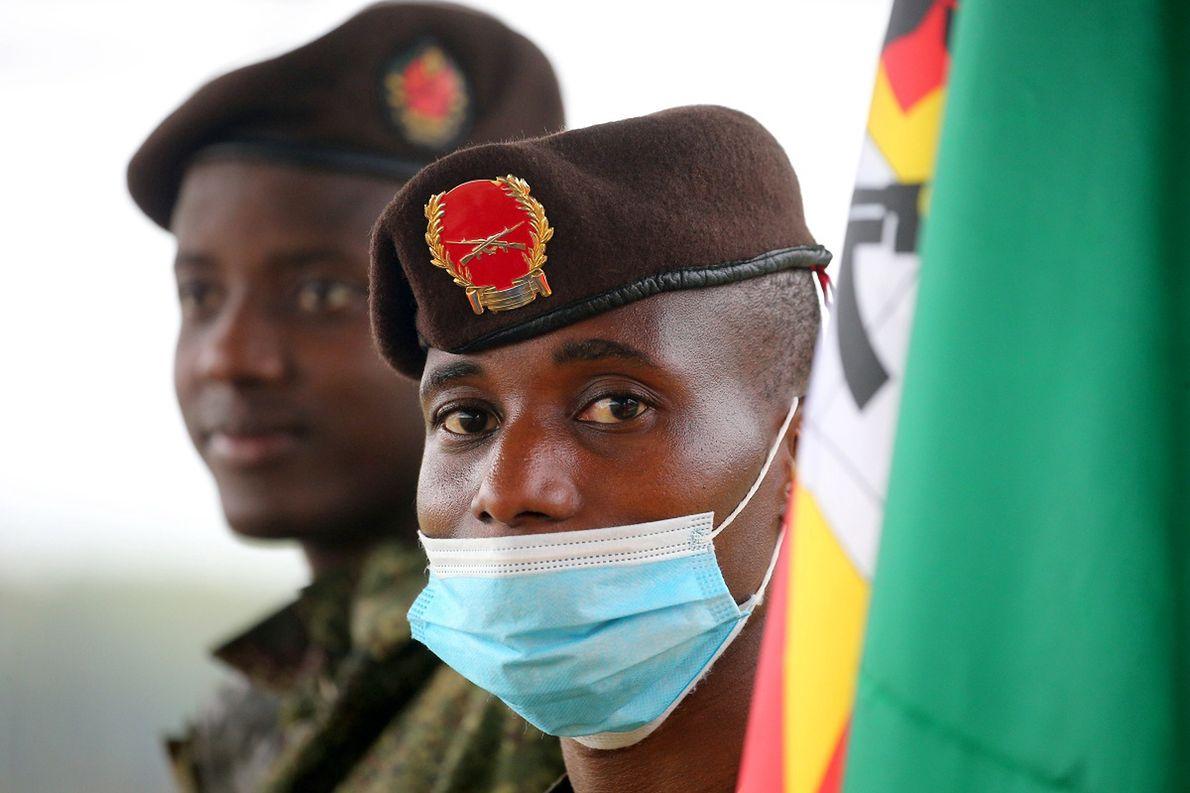 Żołnierze armii Mozambiku podczas międzynarodowych ćwiczeń wojskowych w Rosji w 2020 r.