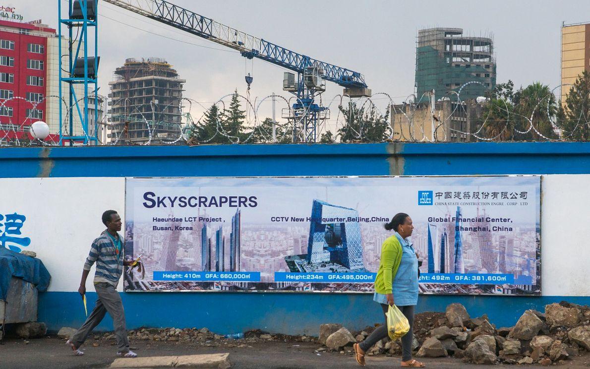 Chińskie firmy budują wieżowce w Addis Abebie, stolicy Etiopii