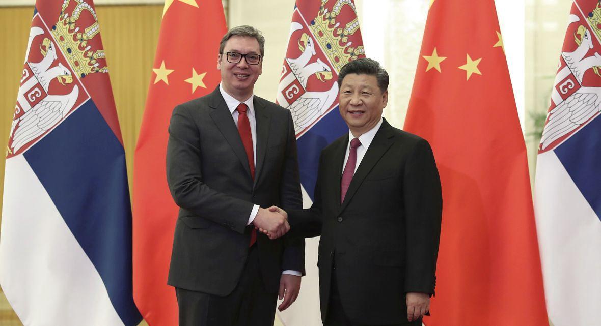 """Prezydent Serbii z wizytą w Chinach. """"Podjęliśmy kroki dotyczące zakupu nowych respiratorów od naszych chińskich braci"""""""