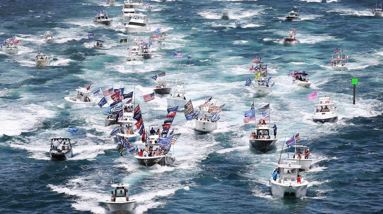 Parada morska zwolenników Trumpa przy posiadłości Mar-a-Lago, 7 września 2020 roku