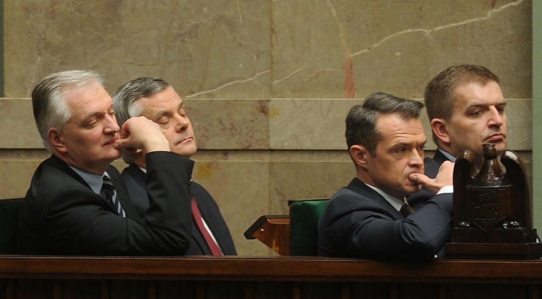 Minister rządu PO-PSL Jarosław Gowin w rządowych ławach w sejmie. Marzec 2013 roku