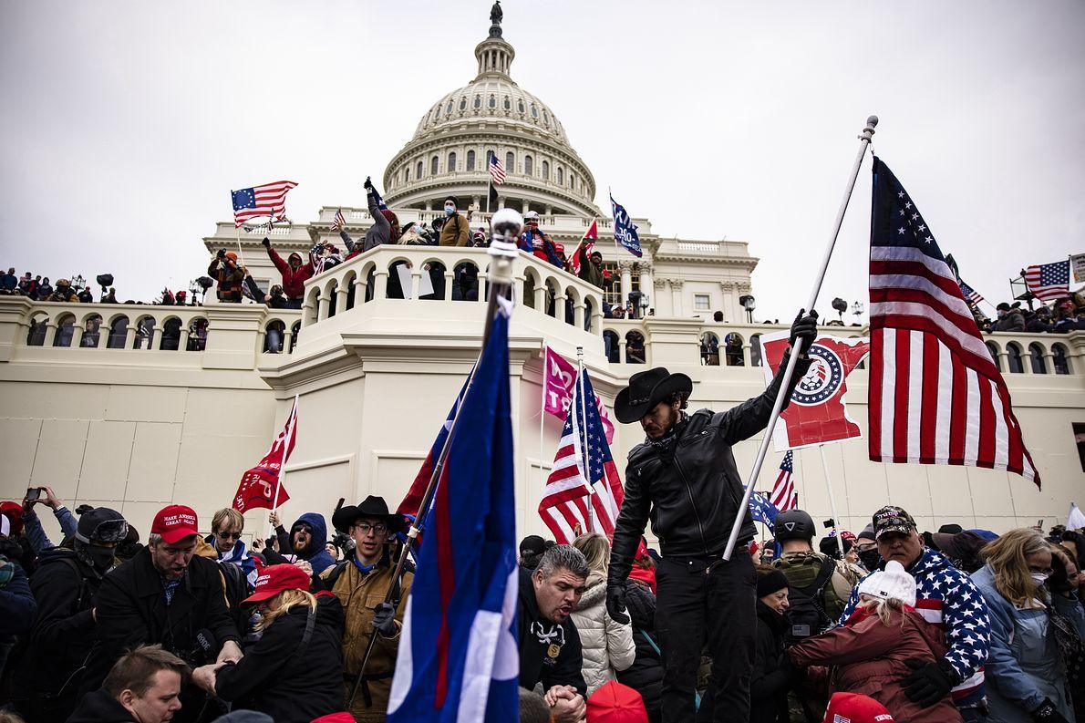 Zwolennicy Donalda Trumpa na Kapitolu, 06.01.2020 r.