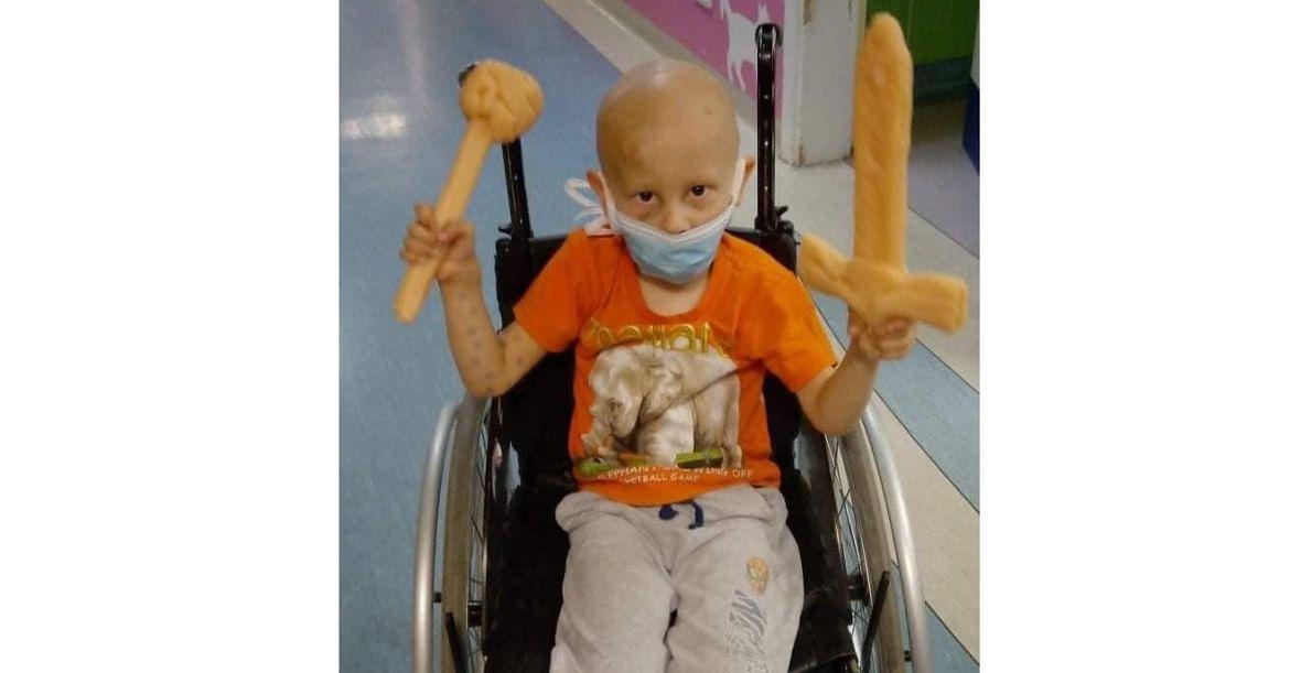 Natan jest niczym prawdziwy wojownik. Od pielęgniarki usłyszał, że tego nawet dorośli mogliby się od niego uczyć