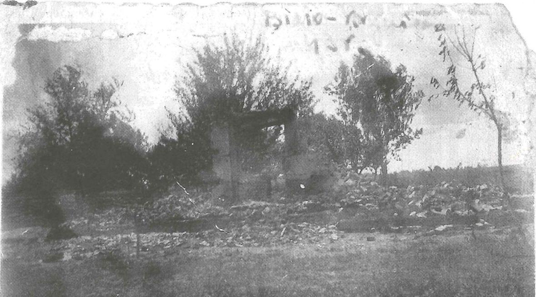 Spalony dom Zofii Hołub na Wołyniu