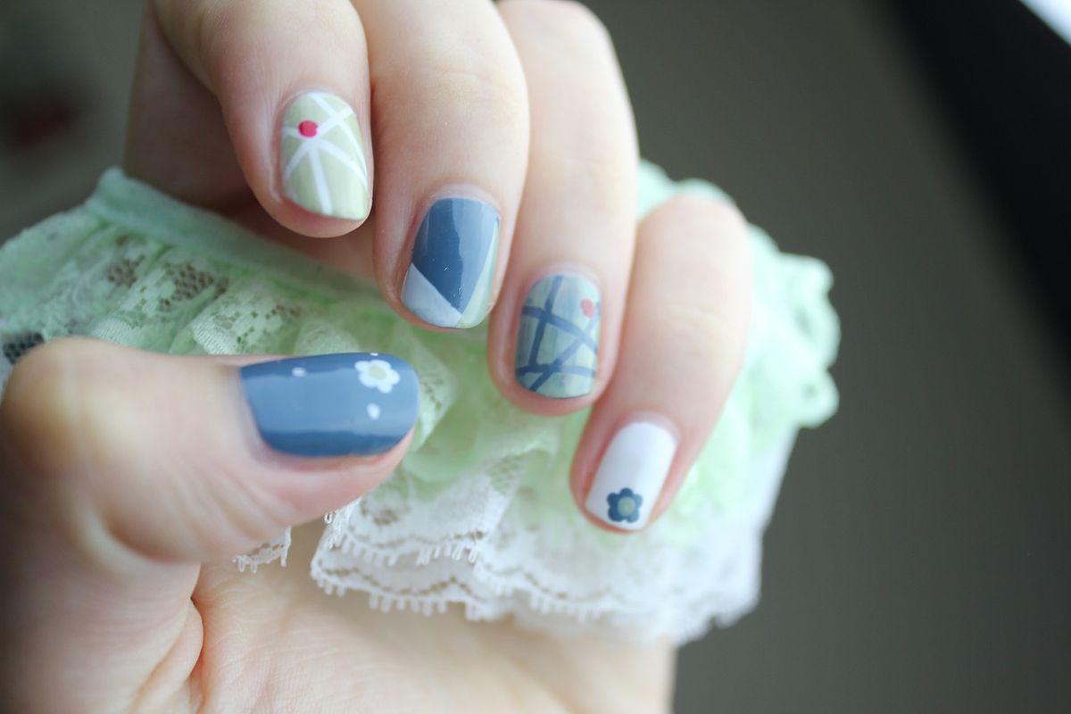 Na łatwe samemu do wzorki paznokcie zrobienia proste wzorki