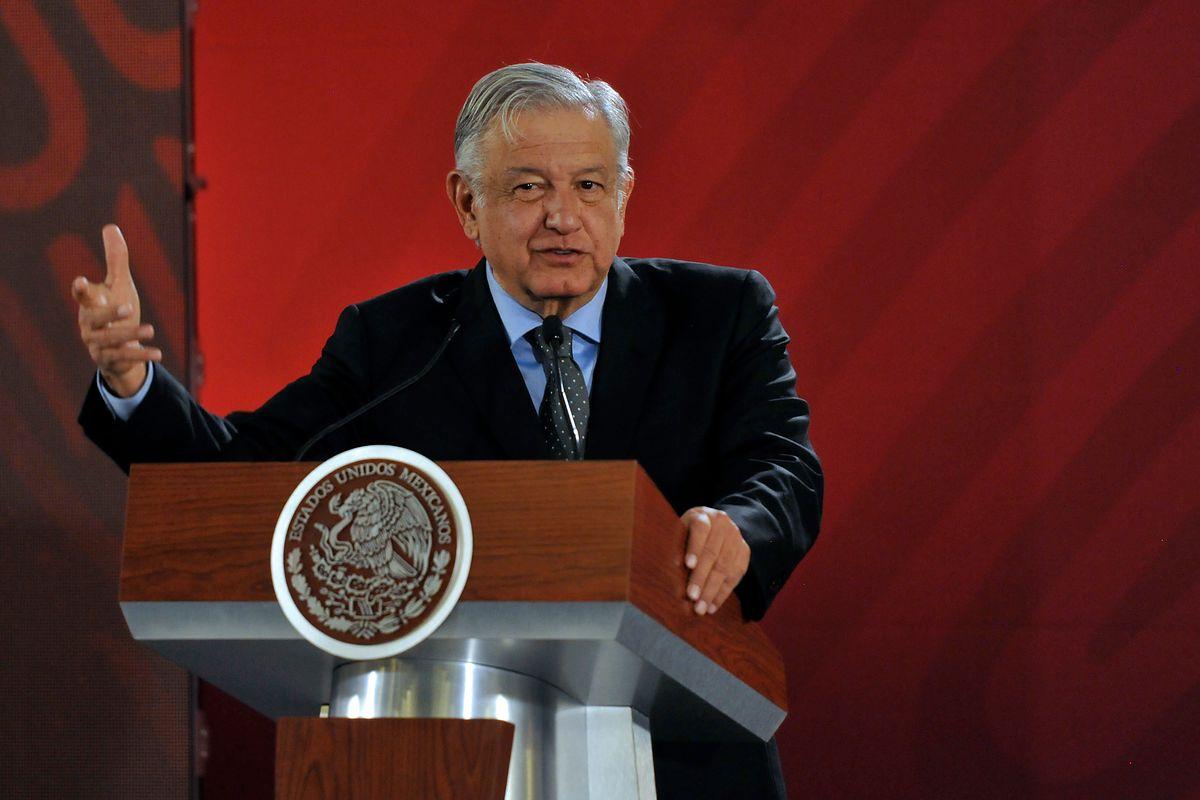 Meksyk. Prezydent kraju odwiedza matkę narkotykowego bossa