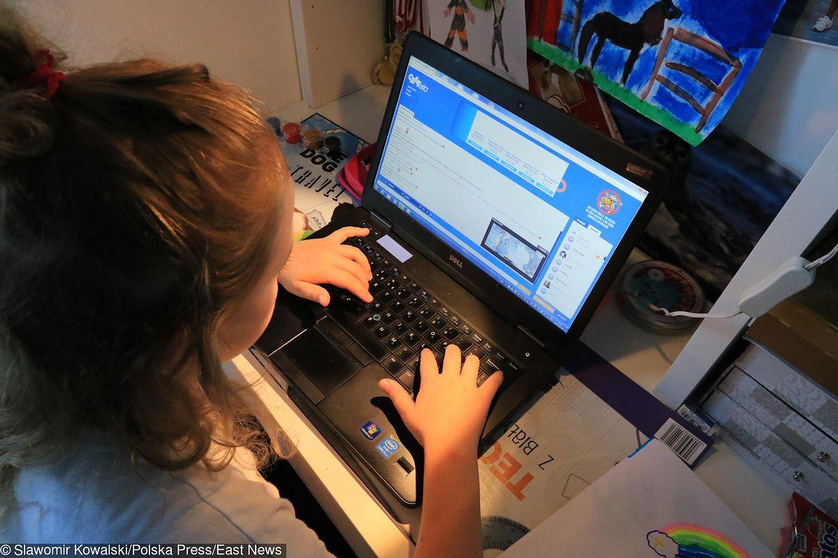 Pieniądze na zakup komputerów dla uczniów i nauczycieli. Gminy mogą składać wnioski