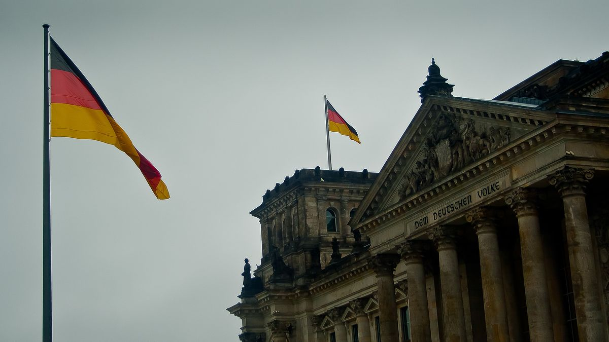 """<a href=""""https://www.money.pl/gospodarka/koronawirus-w-niemczech-spadek-pkb-mniej-dotkliwy-niz-sie-spodziewali-eksperci-6554025875168192a.html"""">Koronawirus w Niemczech. Spadek PKB mniej dotkliwy, niż się spodziewali eksperci</a> thumbnail  Kolejny rekord zakażeń na świecie. Izrael ogłosił lockdown [NA ŻYWO] 16dcaecf 563b 4b77 980f a5baa5c4050a"""