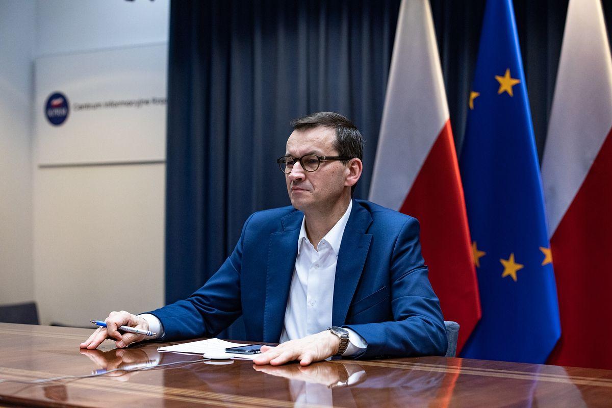 Konferencja premiera Morawieckiego. Wesela po nowemu, rząd podał szczegóły - Money.pl
