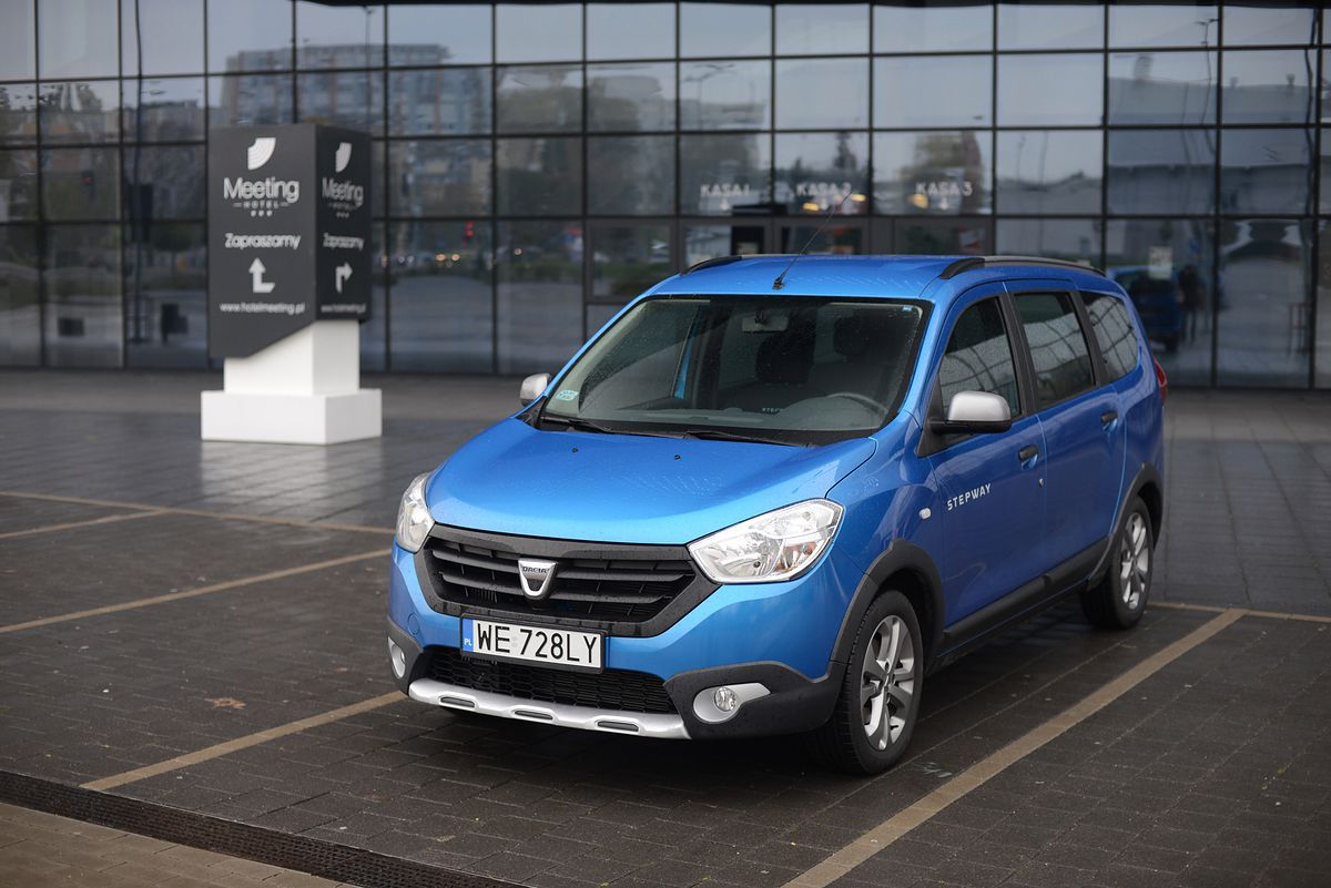 dacia lodgy stepway 1 2 tce 115 s s test wideo. Black Bedroom Furniture Sets. Home Design Ideas