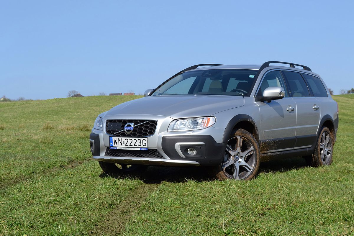 2015 volvo xc70 d5 awd wideo test. Black Bedroom Furniture Sets. Home Design Ideas
