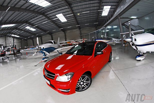 Mercedes benz c250 coup sport wbrew stereotypom test for Benz sport katalog