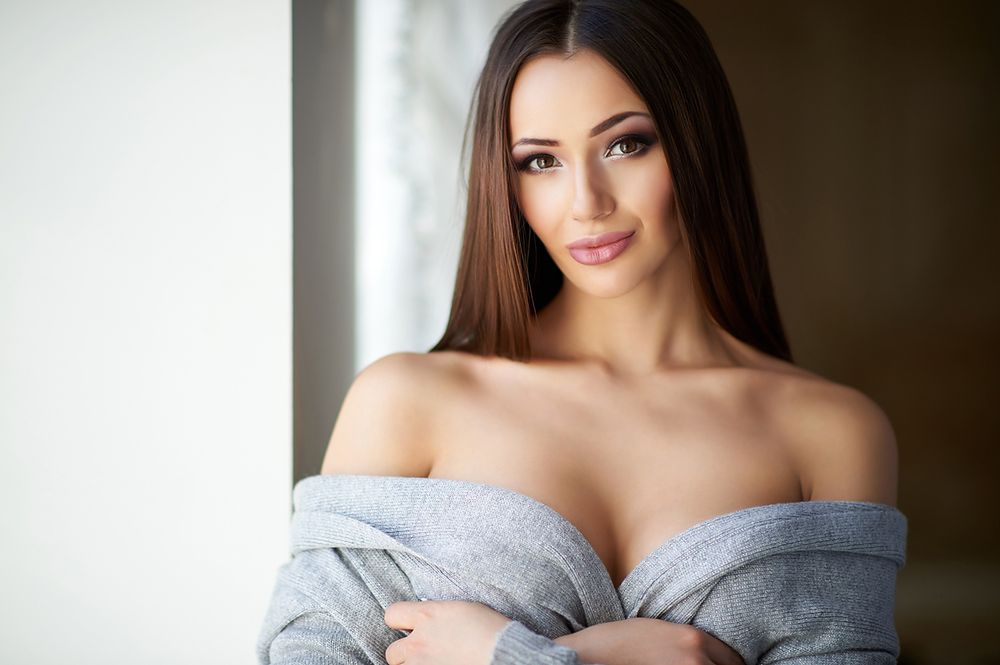 Brunette with new implants 1 - 3 part 5
