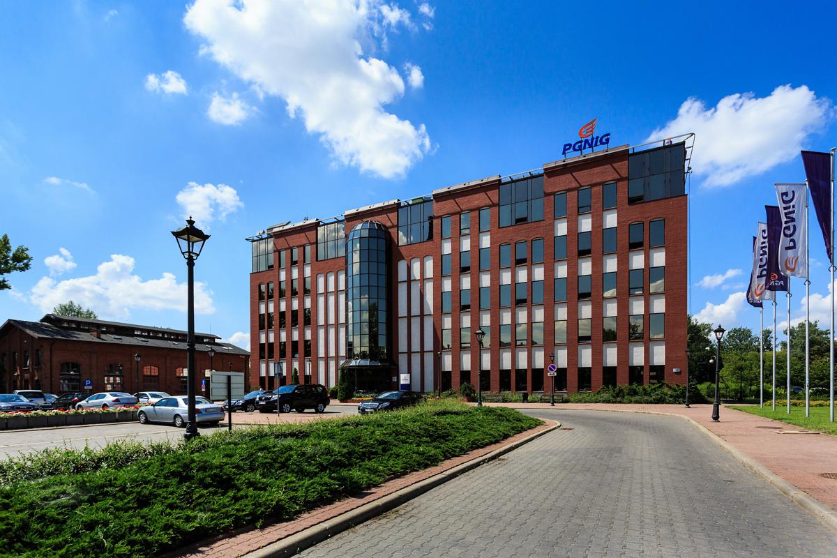 PGNiG OD zapewni dostawy CNG dla MPO w Krakowie przez 18 miesięcy - Money.pl