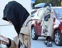 Instagram vs. rzeczywistość: Zgarbiona Marina Łuczenko spaceruje z torebką za 10 TYSIĘCY (FOTO)