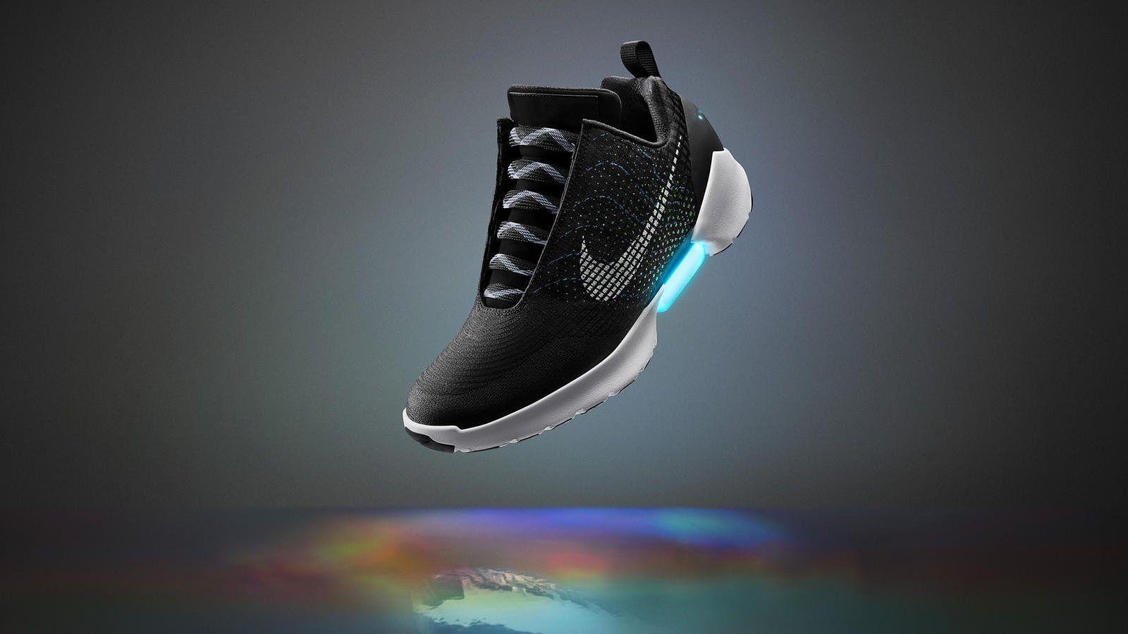 Nike HyperAdapt 1.0: samosznurujące się buty to już