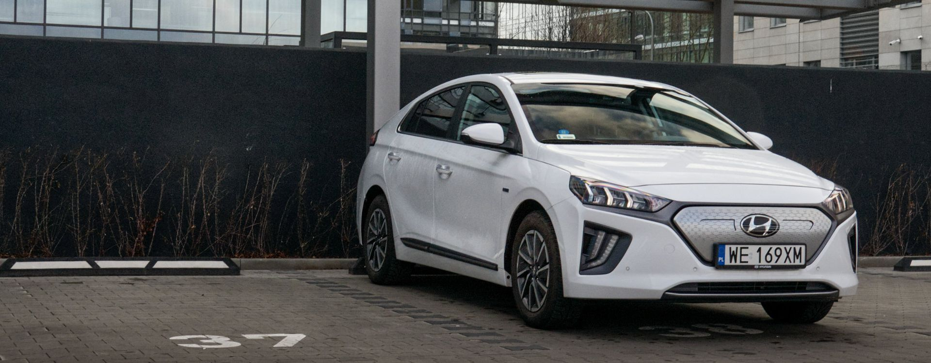Hyundai Ioniq dojrzał z wyglądu