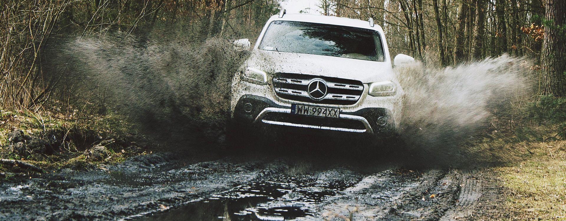 Mercedes Klasy X jest jak czołg w terenie. Czy równie dobrze radzi sobie na szosie?