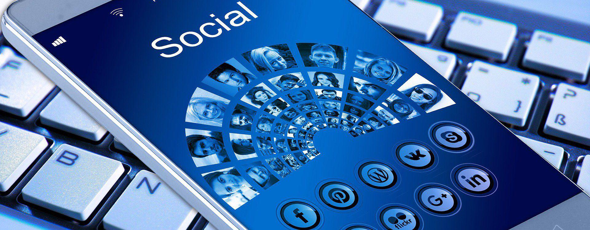 Korzystanie z internetu w smartfonie