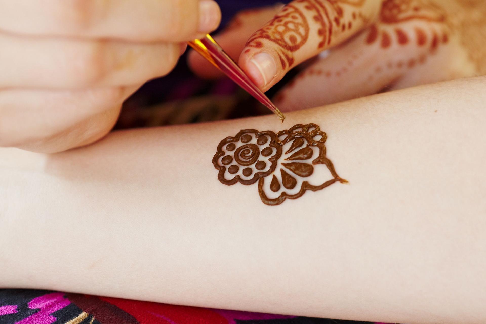 Niebezpieczne Zmywalne Tatuaże Z Czarnej Henny Wp Parenting