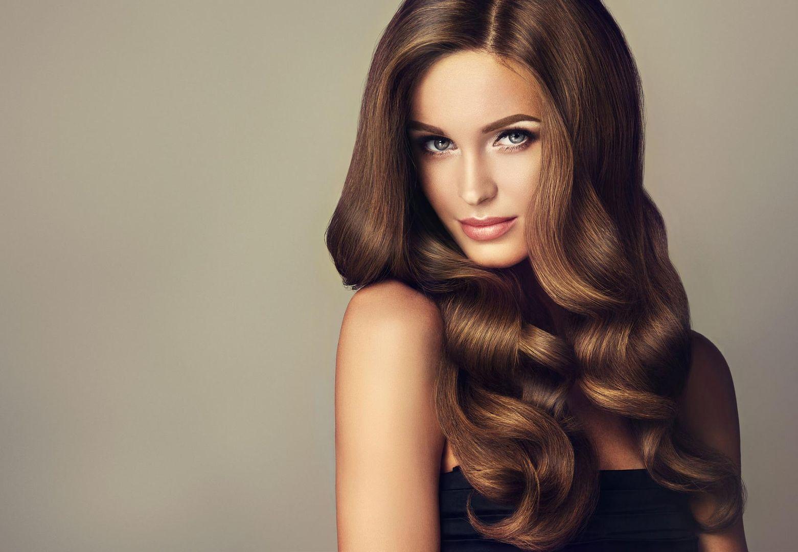 Długie Włosy Przycinanie Modne Upięcia Szybkie Fryzury