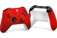Xbox pokazuje nowego pada. Biało-czerwony, ale bez orzełka - Biało-czerwony kontroler Xbox