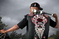 Deacon St. John ma niezłą stylówę - inaczej Diesel nie wypuściłby kolekcji ubrań inspirowanej Days Gone