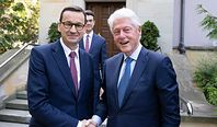 Mateusz Morawiecki spotkał się z Billem Clintonem. Rozmawiali o biznesie