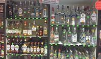 Wódka broni się tylko małpkami. Polacy pokochali prosecco i piwa bezalkoholowe