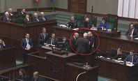 Expose Mateusza Morawieckiego. Grzegorz Braun zablokował mównicę