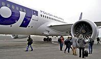 LOT zmienia trasy lotów. Przez wiszący na włosku konflikt Iranu z USA