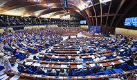 Rada Europy przyjęła krytyczną rezolucję ws. Polski. Zakłada procedurę monitoringu
