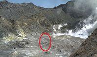 Nowa Zelandia. Tam byli ludzie. Zdjęcie zrobione sekundy przed erupcją wulkanu