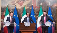 Czy się stoi, czy się leży... Włochy wprowadzają dochód podstawowy
