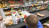 Inflacja zaskoczyła ekonomistów. Ostrzegają, że wkrótce przekroczy 4 procent