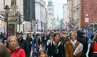 Gonimy Unię, ale powoli. Poziom PKB na mieszkańca Polski zwiększył się do 11,8 tys. euro