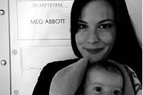 Liv Tyler z córeczką na planie serialu