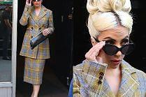 Lady Gaga łypie okiem zza okularów za 650 złotych