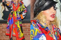 Zdesperowana Madonna walczy o uwagę w szlafroku od Versace
