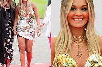 Żądna uwagi Rita Ora eksponuje uda w przykrótkiej sukience