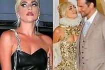 """Lady Gaga zaskakuje zaokrąglonym brzuszkiem. Fani spekulują o """"ciążowych krągłościach"""" (FOTO)"""