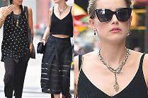 Zaaferowana Amber Heard na spacerze z byłą dziewczyną