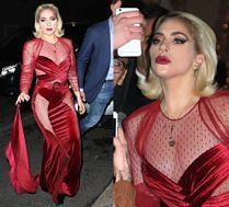 Wystrojona Lady Gaga wygina się do selfie